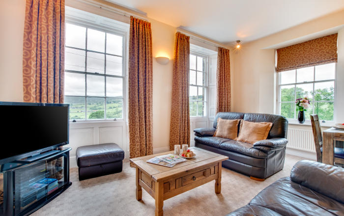 Carr View Hall Apartment 3, Sleights