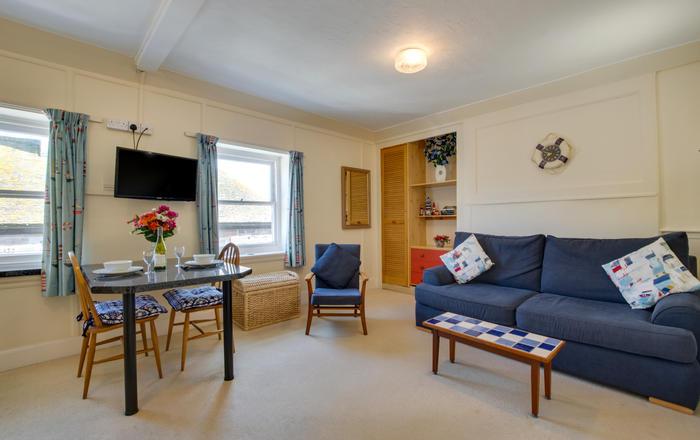 Flat 4, Cheriton House, St  Ives
