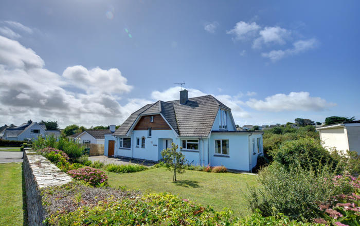 The Blue House, Constantine Bay