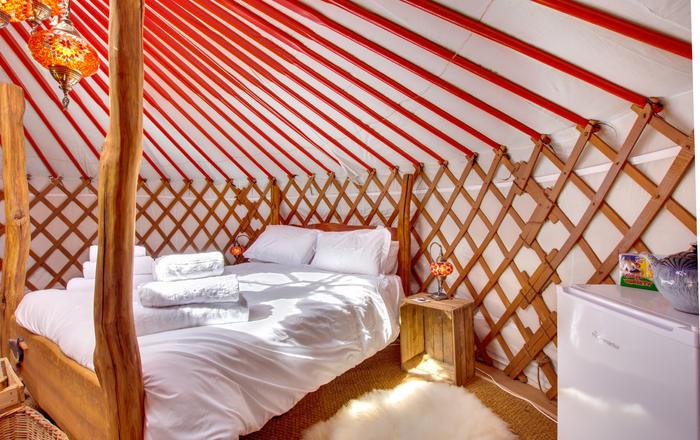 Oystercatcher Yurt, Askrigg