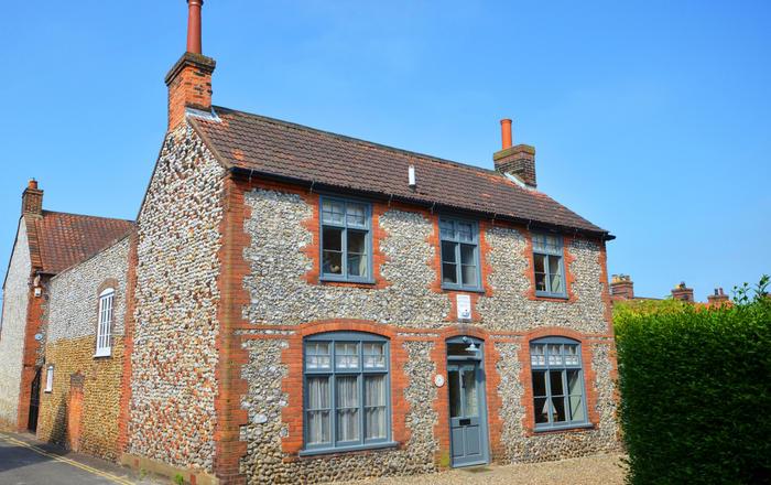 Albert Cottage, Holt