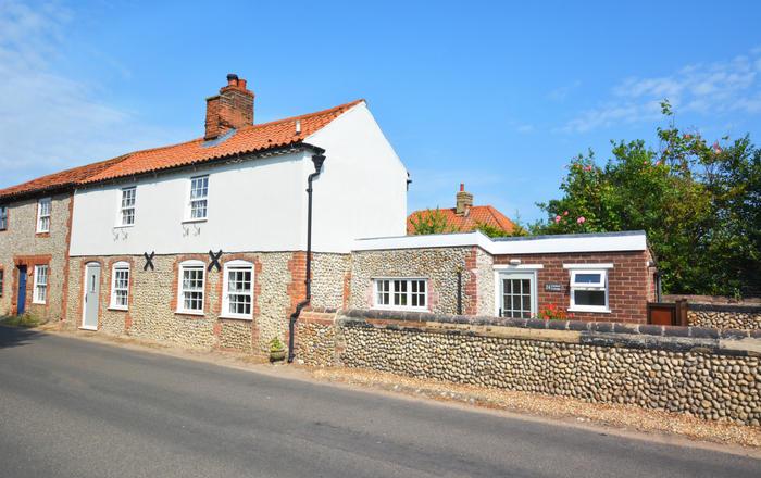 Cuckoo Cottage, Blakeney