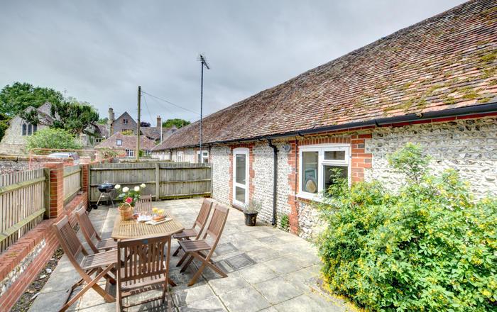 3 Byre Cottages, Storrington