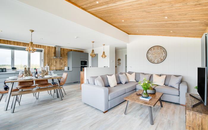 Sennen Lodge 11, Holywell Bay