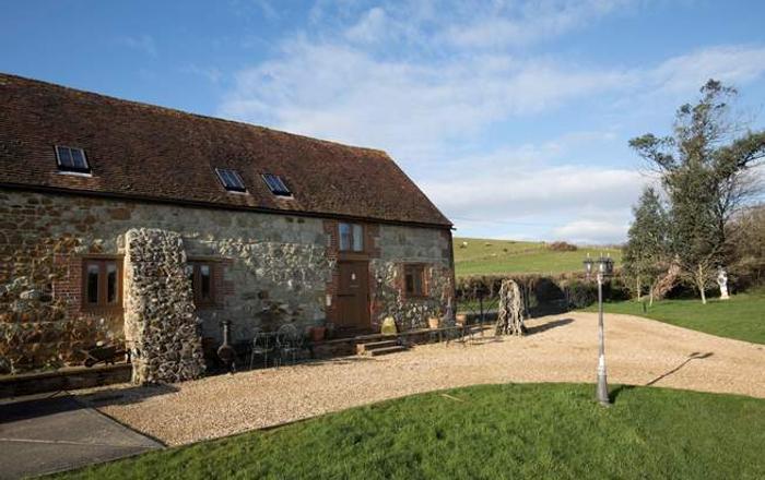 1 Bagwich Barn,