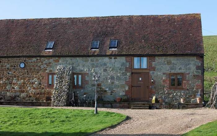 2 Bagwich Barn,