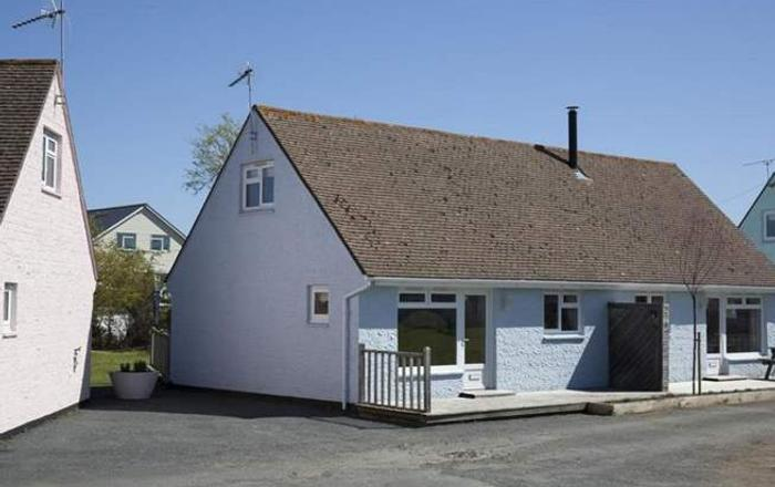 24 Tollgate Cottages,