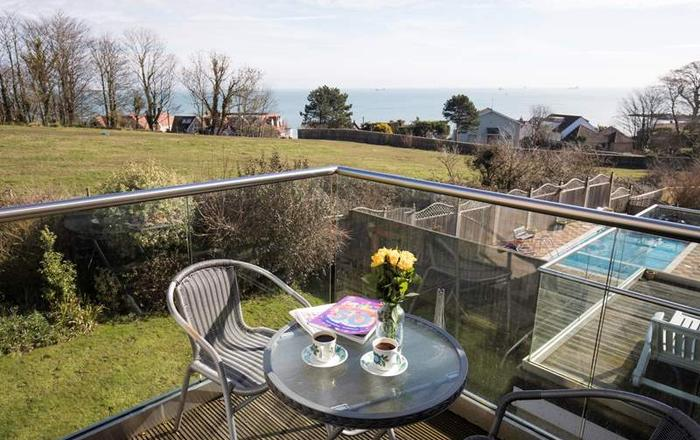 61 Solent View,