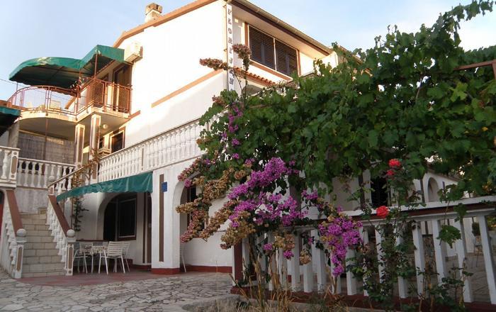 Apartment Florijana Milka  Jezera, Island Murter, Jezera