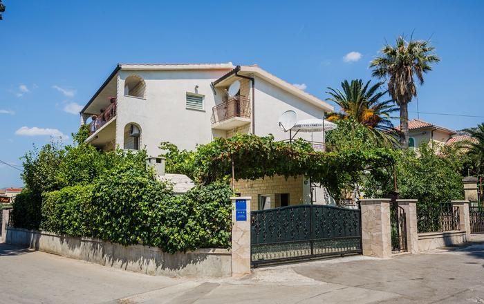 Studio apartment Tomo SA1 2.KAT Kastel Kambelovac, Riviera Split, Kastel Kambelovac