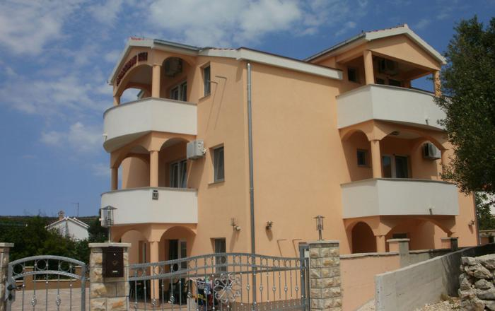 Studio apartment Antonija SA3 Vinisce, Riviera Trogir, Vinisce