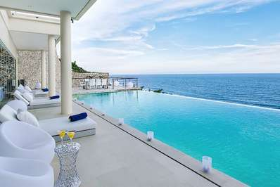 Villa Grand Cliff Ungasan