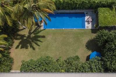 Saffron & Blue Villa