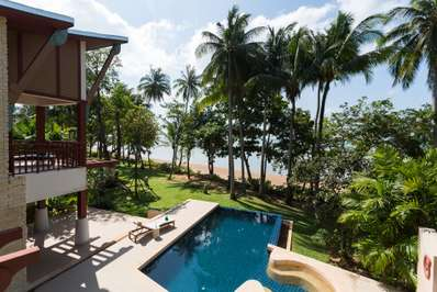 Amatapura Beach Villa Beachfront 15