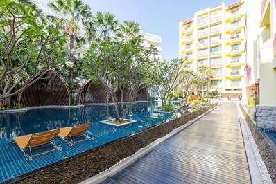 Mediterranean Living A4A7 - Hua Hin villa
