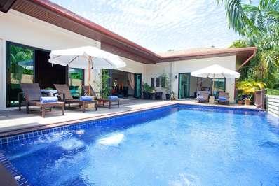 Villa Ploi Jantra - Phuket villa