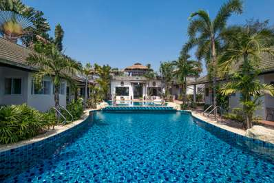 Phoenix Luxury Resort - Pattaya villa