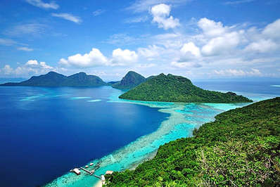 Awesome view of the marine park islands on eastern Borneo