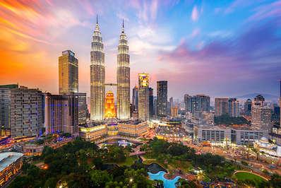 Kuala Lumpur's amazing skyline with the Petronas Towers