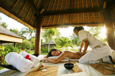 What could be more relaxing than a beachside late afternoon Balinese massage