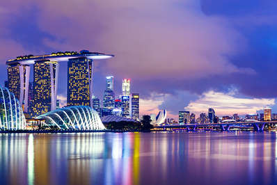 Singapore-city-skyline-with-the-unique-Marina-Bay-Sands