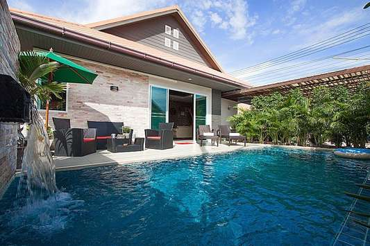 Casterly Villa - Pattaya