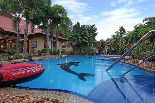 Relaxing Palms Pool Villa - Pattaya