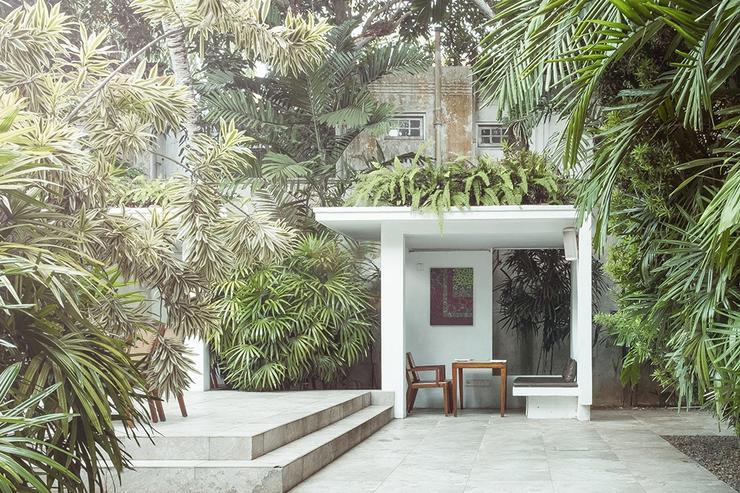 Colombo House