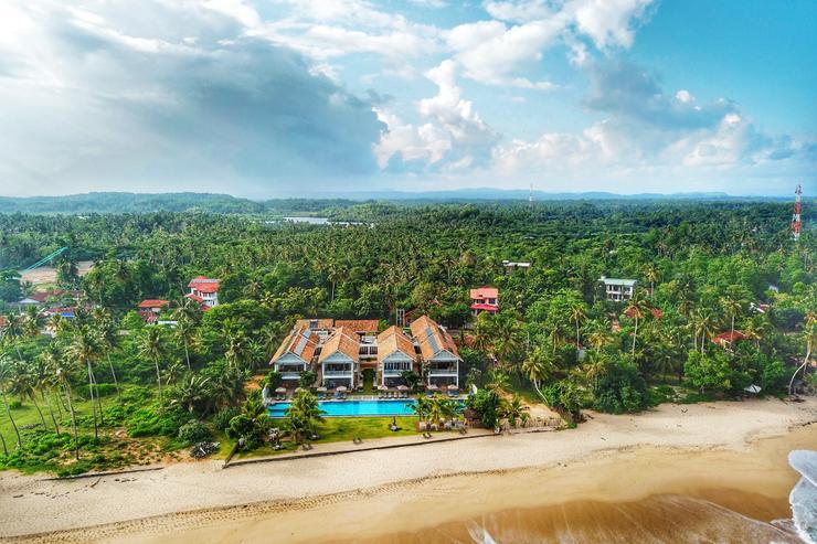 Sharavi Beach Villas
