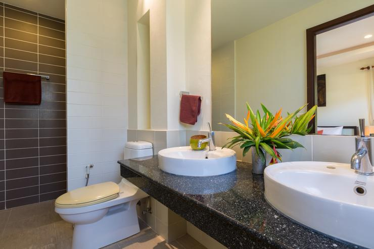 Baan Tan Ta Wan - Master en suite bathroom
