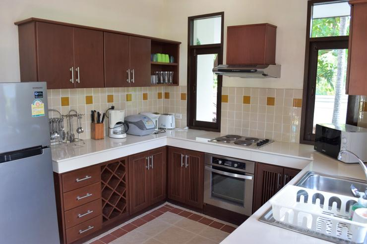 Banyan Villa 2 - Kitchen