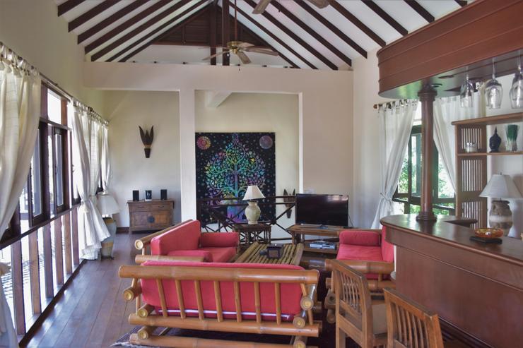 Banyan Villa 1 -  Upstairs Living Room