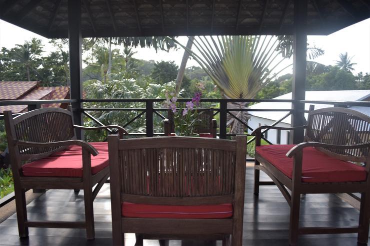 Banyan Villa 1 -  Upstairs Sala off the Living Room