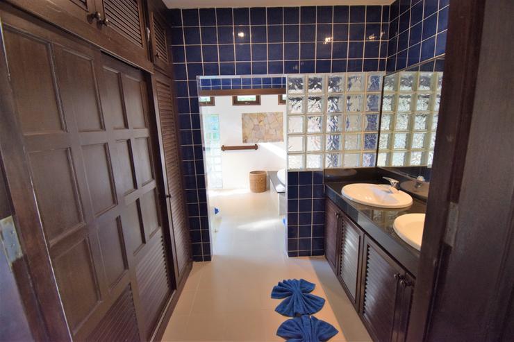 Banyan Villa 1 -  Master Bathroom