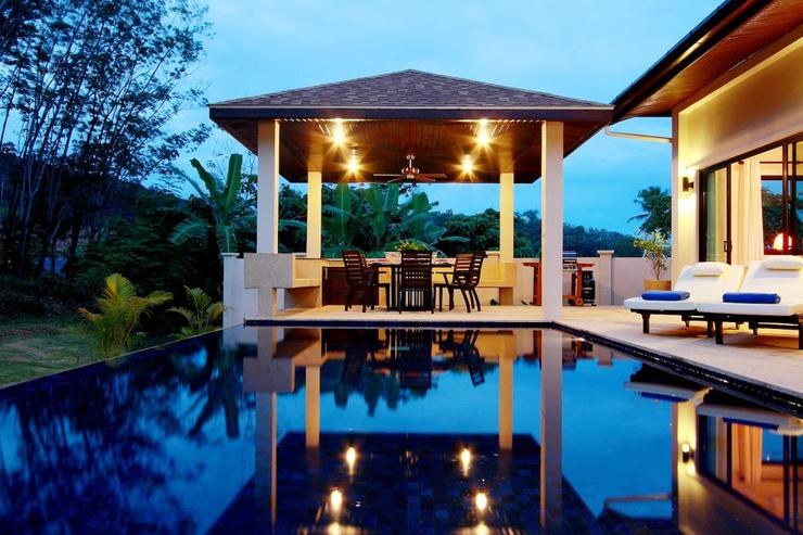 Crystal Villa (V04) - The ambient lighting means the villa can be enjoyed well into the evening