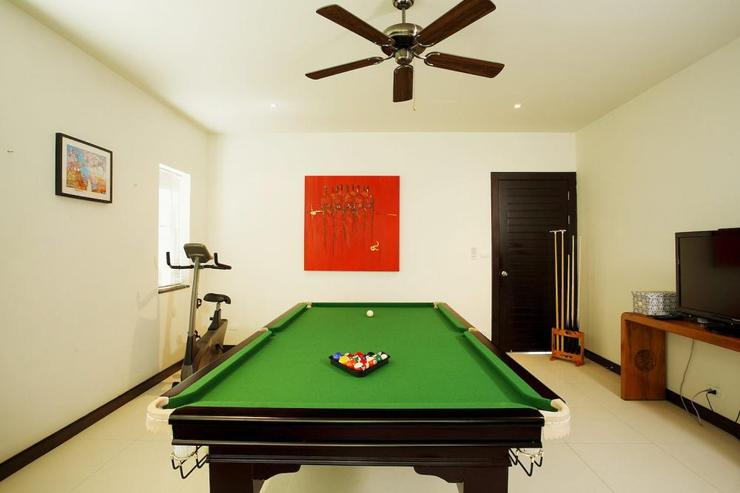 Games room, also containing flat screen TV and darts board