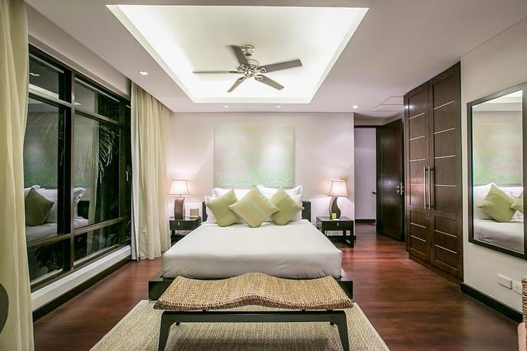 Gardenia Pool Villa - Master bedroom with kingsize bed