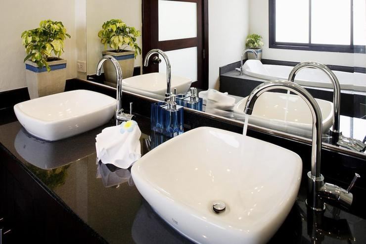 Master bathroom with twin wash hand basins