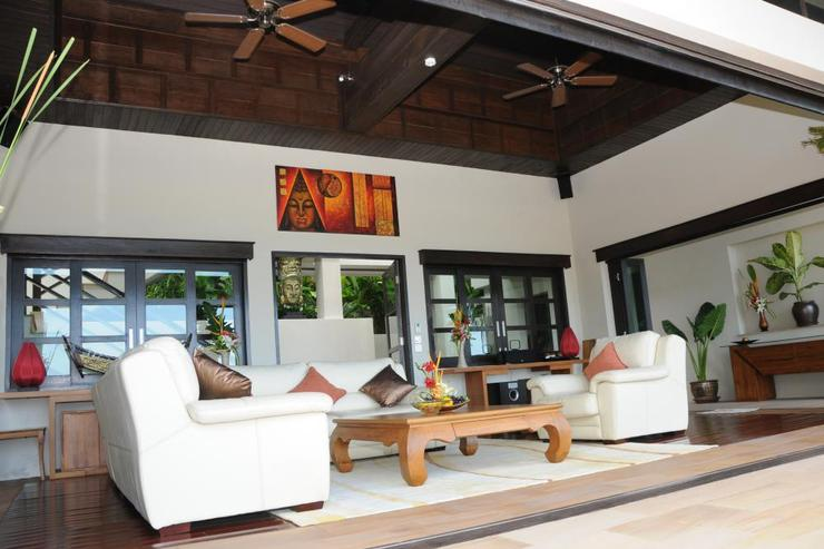 Golden Palm Villa - Lounge - Tv Room