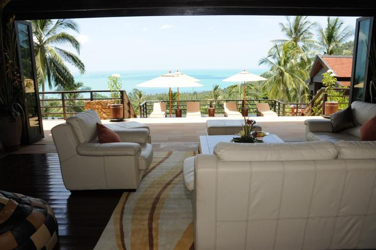 Golden Palm Villa - Lounge View