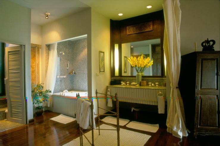 Burmese Room
