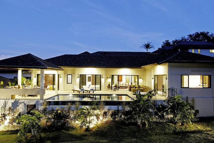 Sapphire Villa, with 4 bedrooms, sleeping up to 8 guests