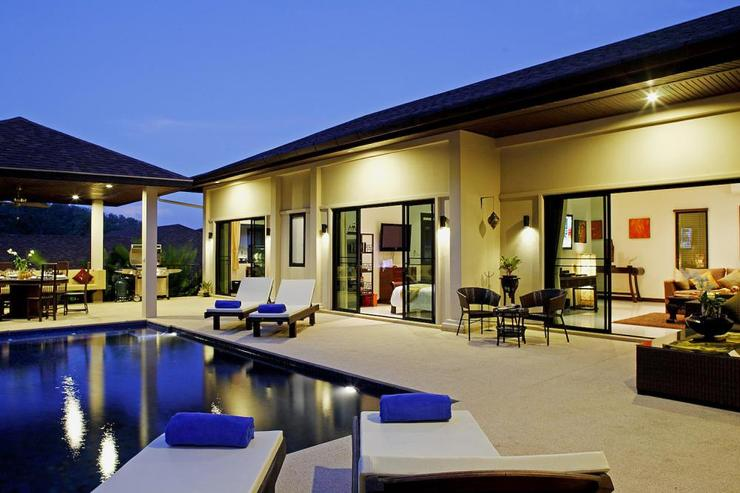 Sapphire Villa (V14) - Multiple rooms open directly onto the spacious sundeck that surrounds the private swimming pool