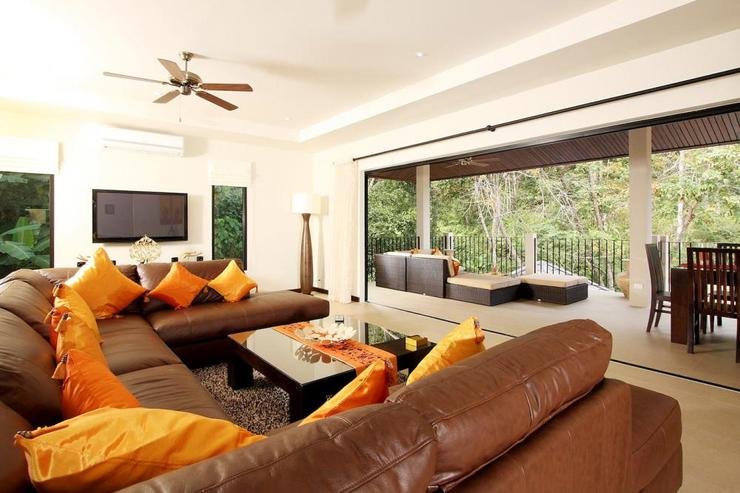 Sunstone Villa (V15) - Upstairs living room opens directly onto spacious balcony with open valley views