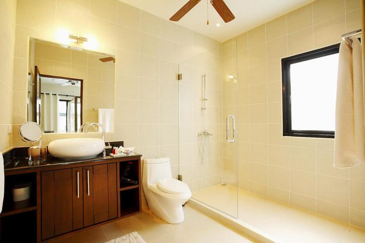 2nd Bedroom en-suite bathroom with large walk in shower