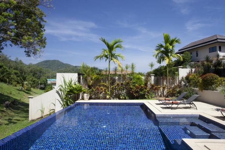 Peaceful location and large private swimming pool