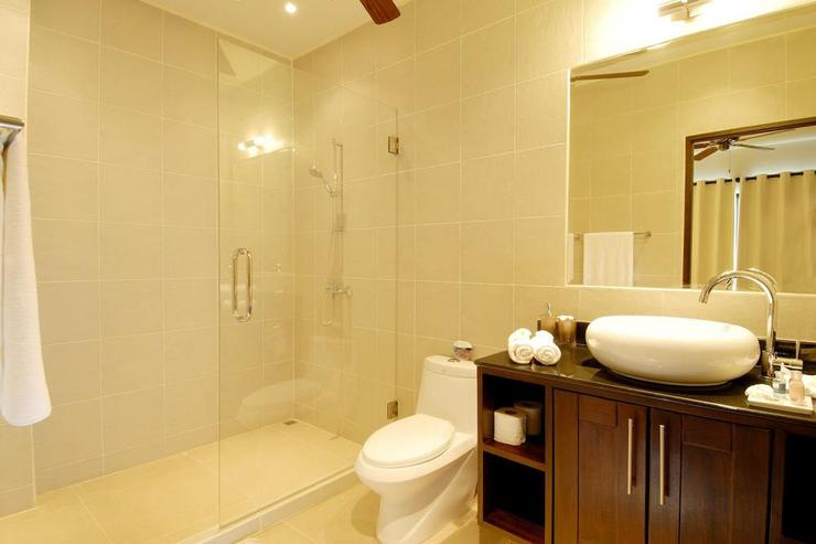 3rd bedroom en-suite bathroom with large walk in shower