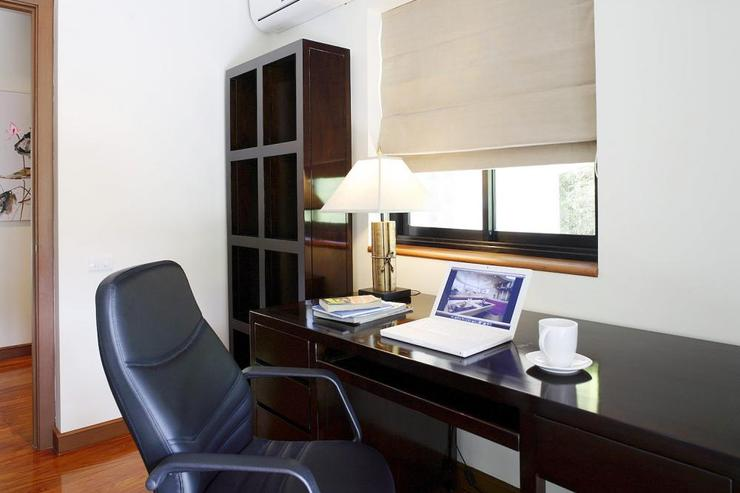 Office with landline telephone and WIFI that continues throughout the villa