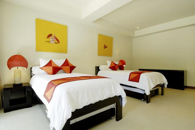 Bedroom 5, with twin beds and en-suite bathroom, compelte with air conditioning and ceiling fan