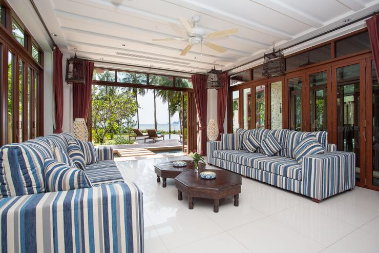 Amatapura Beach Villa Beachfront 12 - image gallery 11
